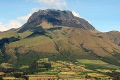 在Cotacachi,厄瓜多尔附近的挂接Imbabura 库存图片