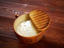 在crosta的Zuppa d'aglio 库存照片