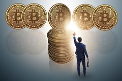 在cryptocurrency blockchain概念的商人 图库摄影