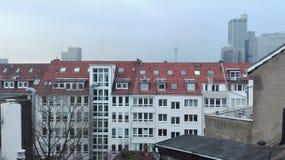 在DÃ ¼ sseldorf的早晨屋顶 免版税图库摄影