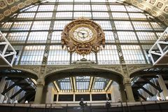 在d'Orsay的艺术博物馆计时 巴黎 01 10 2011年 库存照片