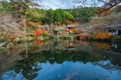 在daigoji寺庙的秋天 库存照片