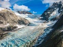在Denali国家公园,阿拉斯加山的冰川  库存图片