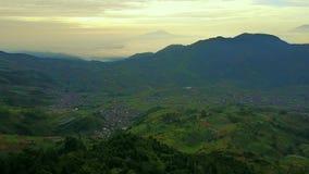 在Dieng高原的美好的空中风景 影视素材