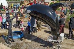 在Dismaland,威斯顿超级母马的鲸鱼展示 库存图片