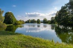 在diviaky附近的鱼池 库存照片