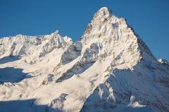 在Dombai,高加索山的山上面  图库摄影