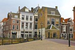 在Dordrecht,荷兰的街道场面 库存图片