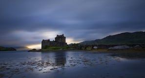 在Dornie的爱莲・朵娜城堡Lochalsh的凯尔的在苏格兰wi的 库存照片