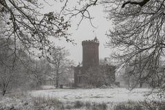 在Driebergen的城堡Sterkenburg在冬天 库存照片