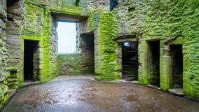 在Dunnottar城堡的内部视域,在Stonehaven附近,苏格兰 图库摄影