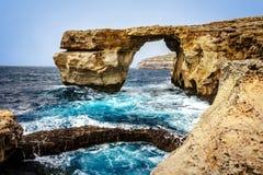 在Dwejra的天蓝色的窗口在戈佐岛海岛上 图库摄影