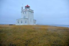 在Dyrholaey海角的灯塔 库存图片