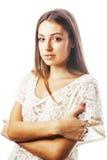 年轻在e的白色关闭隔绝的秀丽妇女微笑的作梦 免版税库存图片