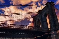 在East河的布鲁克林大桥从纽约观看了 免版税图库摄影