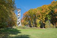 在ebersberg在秋天,蓝天的监视 库存图片