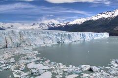 在El Calafate,阿根廷的Perito莫尔诺冰川 库存照片