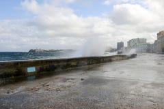 在El Malecon的飓风在哈瓦那 免版税库存照片