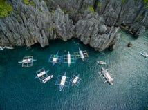 在El Nido,巴拉望岛,菲律宾的秘密海滩 游览C路线和观光的地方 免版税库存图片