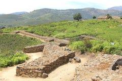 在El Raso,阿维拉,西班牙的古老罗马废墟 免版税库存图片