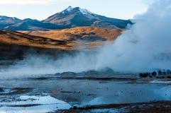 在El Tatio,北智利,阿塔卡马的谷喷泉 库存图片