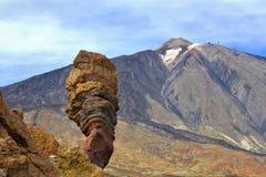 在El Teide附近的一个岩石 免版税库存照片
