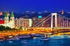 在Elisabeth桥梁和布达佩斯,桥梁连接的全景视图 免版税库存照片