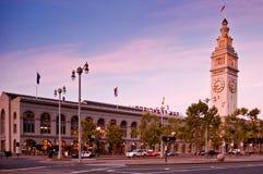 在Embarcadero,旧金山,美国的轮渡大厦 库存图片
