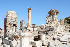 在Ephesus (Efes)的大厦详细资料 免版税库存照片