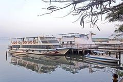 在Ernakulam堤防的早晨 免版税库存图片