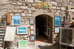 在Essaouira的美术画廊 免版税图库摄影