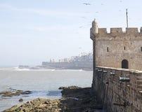 在Essaouira fo的港口设防 库存照片