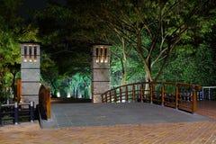在Estero Salado,瓜亚基尔,厄瓜多尔的步行桥 免版税库存图片