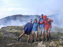 在Etna山顶的照片由硫磺气体打扰 免版税库存照片