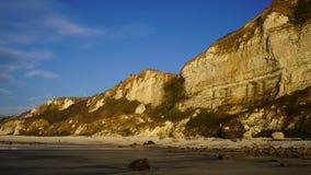在Etretat和勒阿佛尔,法国之间的诺曼底海岸 库存图片