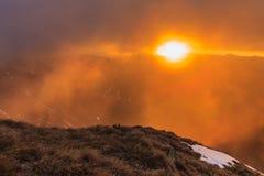 在Fagaras山的日出 免版税库存图片