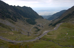在Fagaras山的Transfagarasan路 库存照片