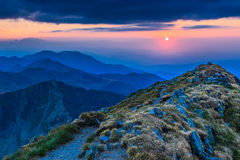在Fagaras山,南Carpathians的日落 免版税图库摄影