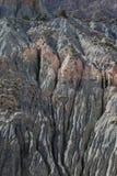在fann山的山风景,塔吉克斯坦 被风化的岩石 库存照片