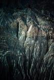 在fann山的山风景,塔吉克斯坦 被风化的岩石 免版税库存图片