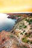 在fiolent的海角的剧烈的日落 克里米亚 免版税库存照片