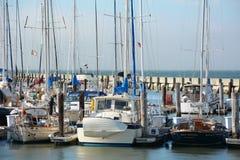 在Fishermans码头的帆船在SF 图库摄影