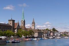 在Fraumà ¼ nster教会的看法 免版税库存照片
