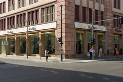 在Friedrichstrasse的最大玛拉精品店 免版税库存图片