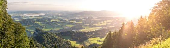 在Gaisberg的日出在萨尔茨堡,奥地利 免版税库存照片