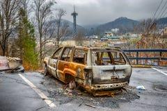 在Gatlinburg森林火灾以后的被烧光的汽车 免版税库存图片