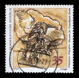 在GDR打印的邮票显示始祖鸟lithographica,自然历史博物馆展品 免版税库存照片