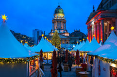 在Gendarmenmarkt的圣诞节在柏林,德国 免版税库存照片