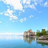 在Geneva湖的Chillon城堡 库存照片