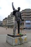 在Geneva湖,蒙特勒, S江边的弗雷迪・默丘里雕象  免版税库存图片